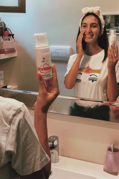 Detergo il viso con lo Spumone